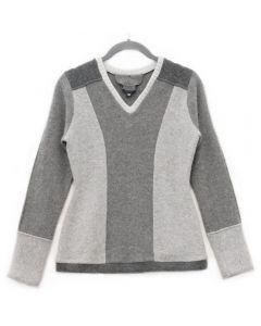 V-Neck - Grey